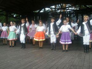 detsky-folklorny-festival-mravenec-2010-17