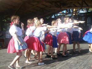 detsky-folklorny-festival-mravenec-2011-12