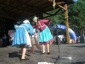 detsky-folklorny-festival-mravenec-2011-13