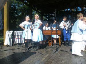 detsky-folklorny-festival-mravenec-2011-6