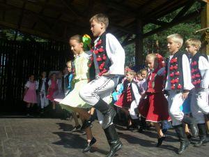 detsky-folklorny-festival-mravenec-2011-8