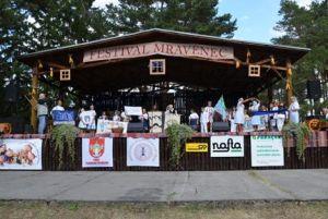 detsky-folklorny-festival-mravenec-2012-10