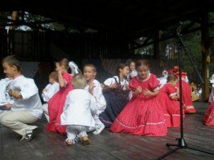 detsky-folklorny-festival-mravenec-2012-38