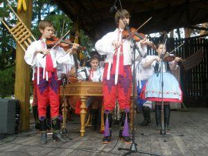 detsky-folklorny-festival-mravenec-2012-40